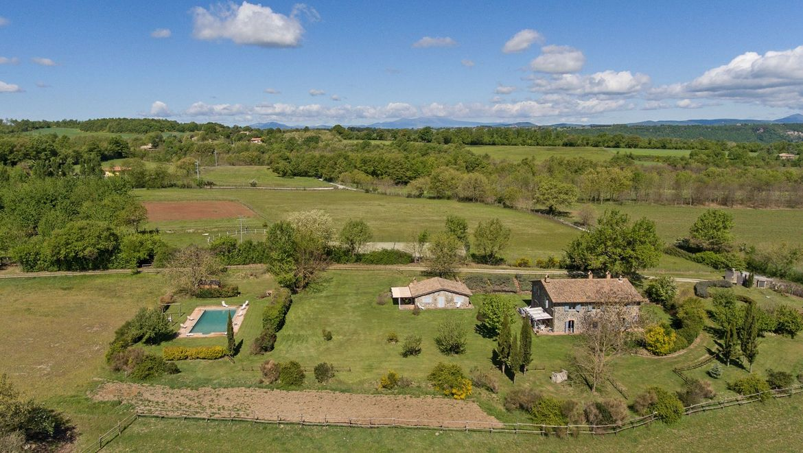 Rolling Hills Italy - Exclusive property for sale in Orvieto, Umbria.