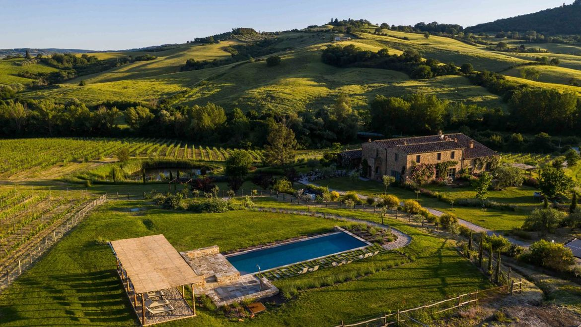 Rolling Hills Italy - Farmhouse with an amazing view over Montepulciano, Tuscany.