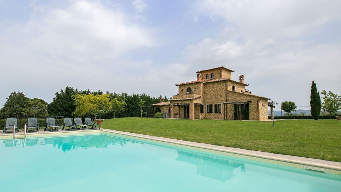 Rolling Hills Italy - Tourist accomodation for sale in Umbria.