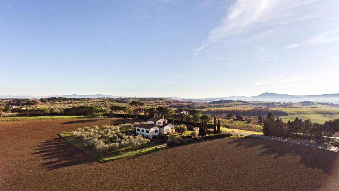Rolling Hills Italy - Lovely house in a hilly position between Umbria and Tuscany.